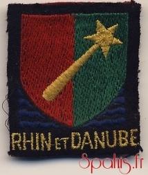 Insigne tissu Rhin et Danube attribué à titre personnel aux militaires qui ont appartenu à la 1° Armée Française antérieurement au 9 mai 1945, exemplaire du brigadier-chef Bouhant